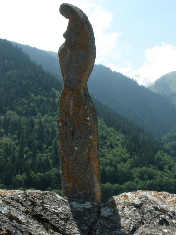 A statue in Aulon.