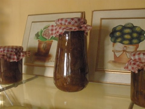 Bottled chutney