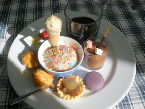 Another photo of the lovely dessert plate.