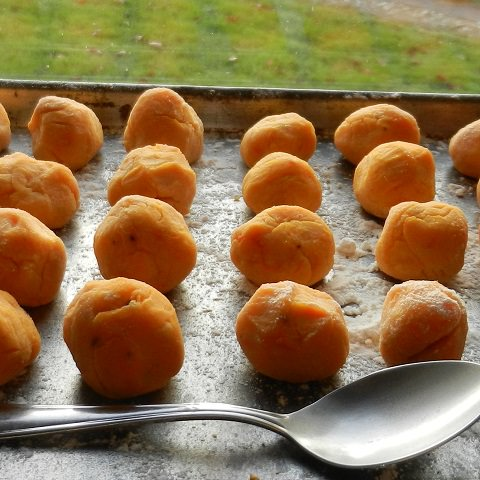 Pumpkin gnocchis with teaspoon