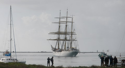Photo of the GF leaving Port
