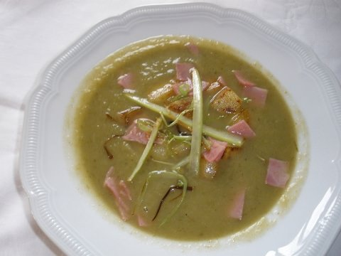 A photo of Leek and Potato Soup.