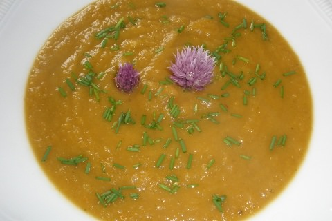 A photo of Pumpkin Chestnut Soup.