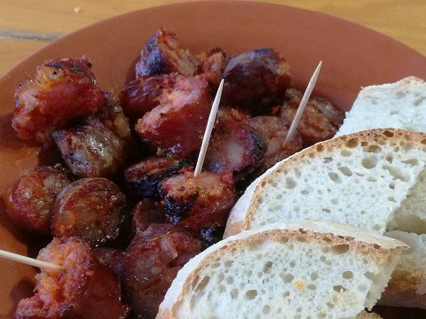 Lovely grilled chorizo and bread, Festival do Contrabando
