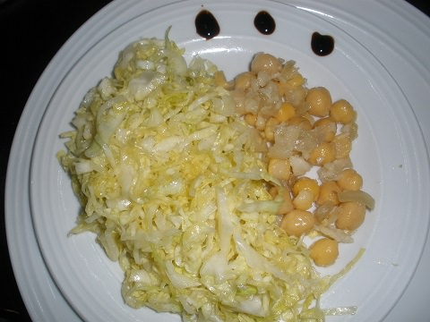 Chickpeas with bacalhao with a cabbage salad